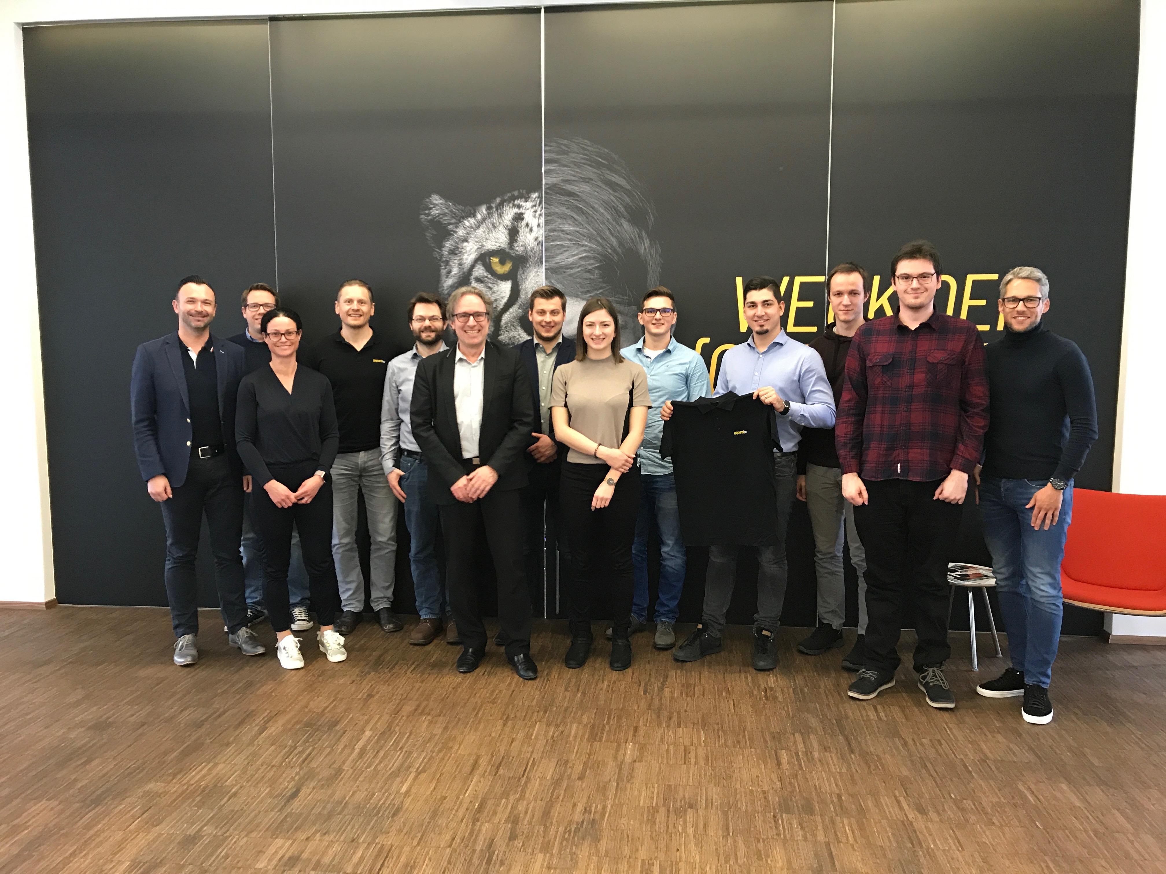 Gelungener Abschluss einer Kooperation zwischen gepardec und JKU Linz